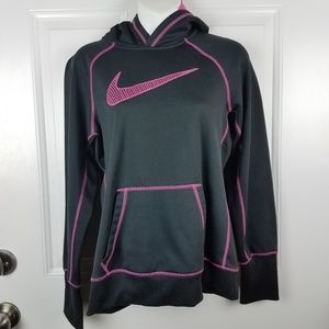 Nike Women's Black Long sleeve Therma-fit hoodie w